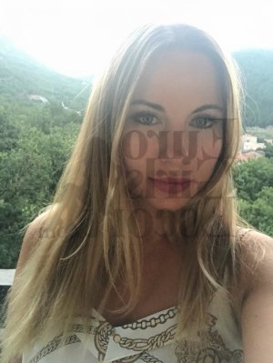Eloanne live escort, happy ending massage