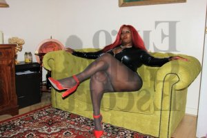 Marie-lou escort girl in Ferndale MI