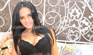 Swahili live escort, erotic massage